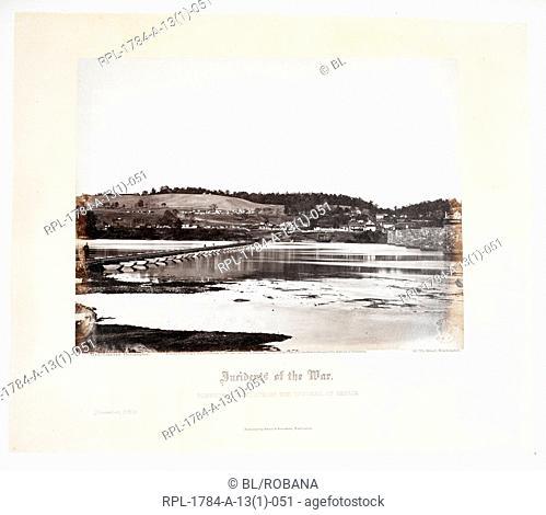 Pontoon bridge, across the Potomac, at Berlin November 1862 , Author Alexander Gardner, Illustrated by Alexander Gardner