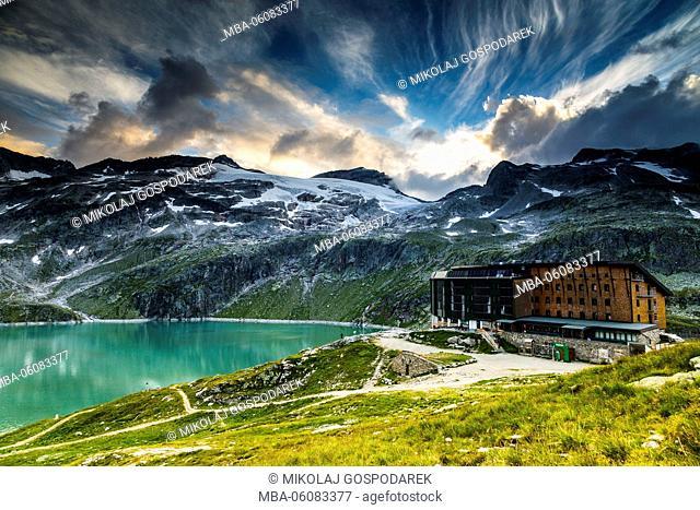 Austria, National Park Hohe Tauern, Salzburger Land, Berghotel Rudolfshuette, Uttendorf, Weißsee, Weißsee Glacier World, Summer Austria