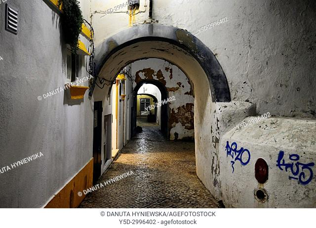 Rua da Barroca once formed the boundary between the town and the sea, historic part of Lagos, Algarve, Portugal, Europe