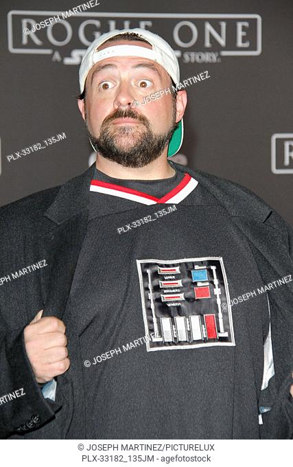 """Kevin Smith at the world premiere of """"""""Rogue One: A Star Wars Story"""""""" held at the Pantages Theatre in Hollywood, CA, December 10, 2016"""