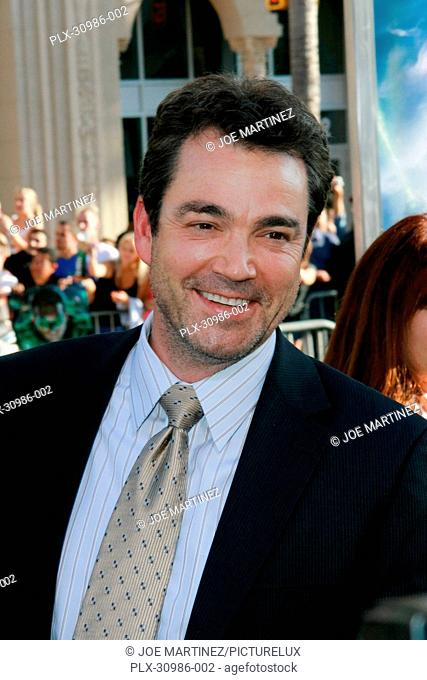 Jon Tenney at the Premiere of Warner Brothers Pictures' Green Lantern. Arrivals held at Grauman's Chinese Theatre in Hollywood, CA, June 15, 2011