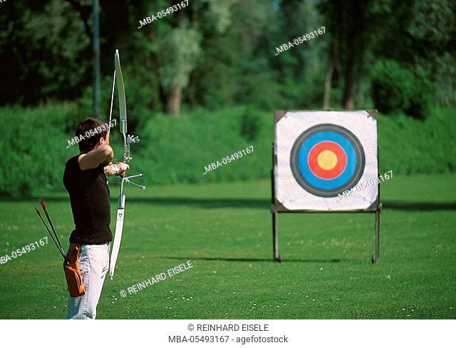 Archer sights target