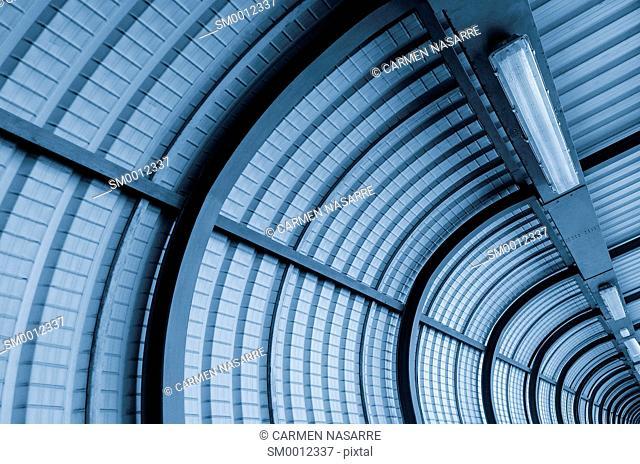 Vaulted ceiling bridge