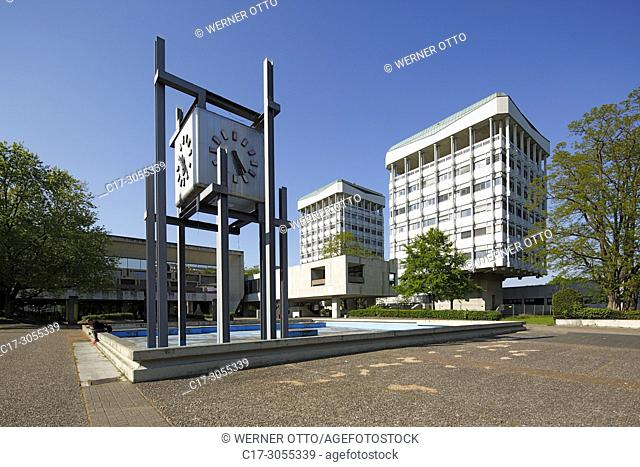 Marl, D-Marl, Ruhr area, Westphalia, North Rhine-Westphalia, NRW, city hall with clock tower at the Creiler Platz, secular building, two office towers