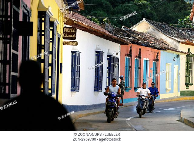 Suedamerika, Karibik, Venezuela, Nord, Choroni, National Park Hanri Pittier, Dorf, Kolonial, Haus, Architektur, Bauerndorf, Strasse