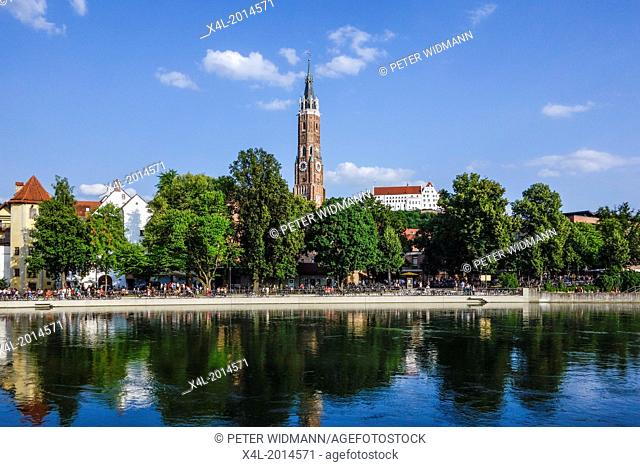 Overlooking Landshut on the Isar, Church of St. Martin and Trausnitz Castle, Bavaria, Lower Bavaria, Germany, Europe