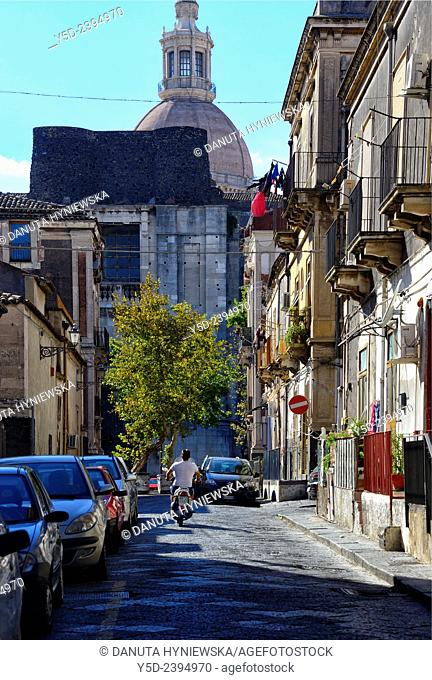 Via Gesuiti, Benedictine Monastery in background, old town of Catania, Sicily, Italy, Europe