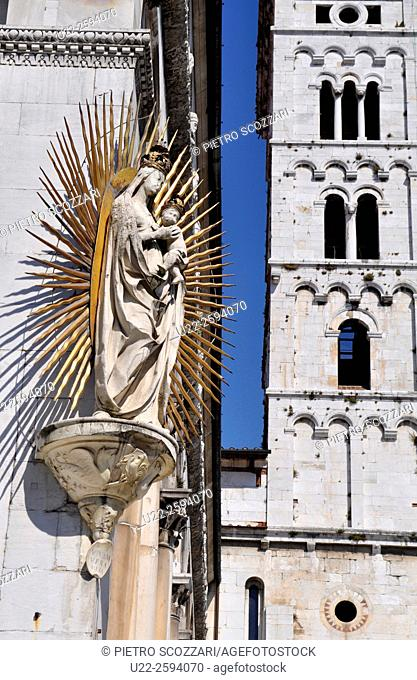 Lucca, Italy, Virgin Marys statue, on the corner of San Michele in Foros Church...