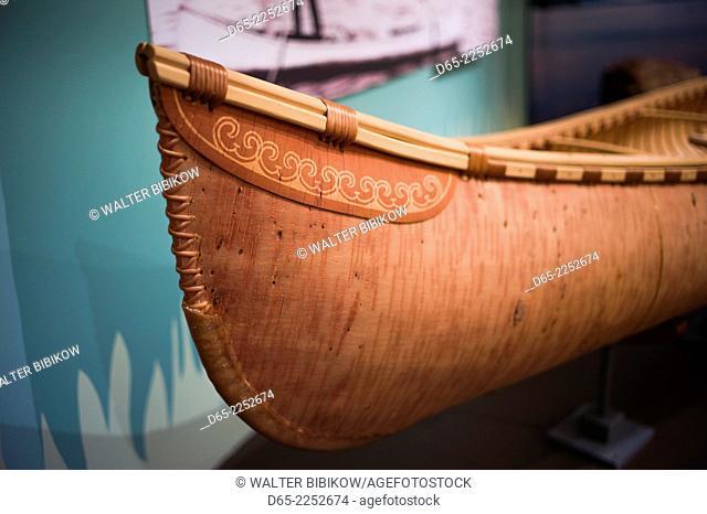 USA, Maine, Mt. Desert Island, Bar Harbor, The Abbe Museum, museum of Native American peoples, birch bark canoe