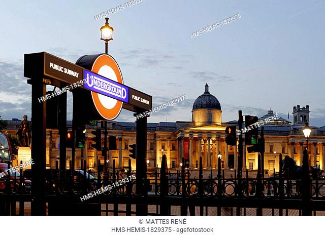 United Kingdom, London, Trafalgar square, National Gallery (the logo « Undergound » is a proprietary name, a special authorization is required before...
