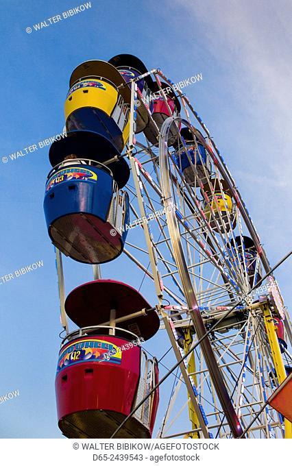 USA, Massachusetts, Cape Ann, Gloucester, Saint Peter's Fiesta, Festival to honor patron saint of fishermen, America's Oldest Seaport, ferris wheel