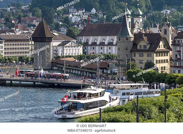 View of old town with pier and Kapellbrücke, Lucerne, Lake Lucerne, Canton of Lucerne, Switzerland