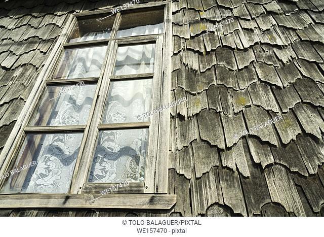 Historic monument house made with larch tiles, Curaco de Vélez , Región de Los Lagos, isla de Quinchao, archipiélago de Chiloé , provincia de Chiloé
