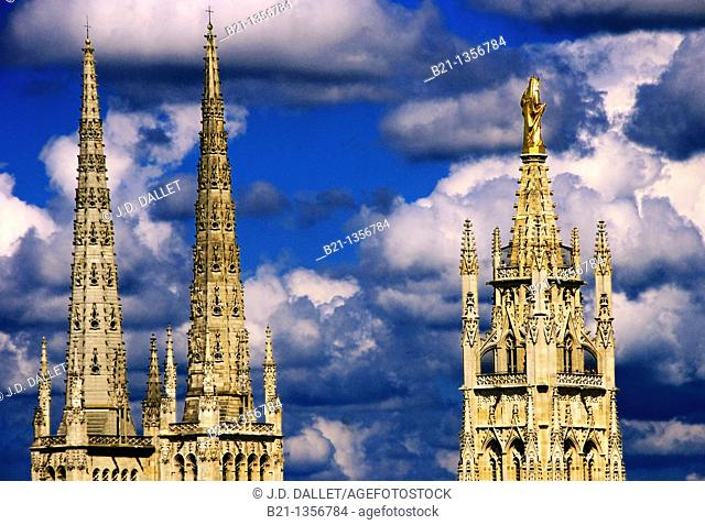 France, Aquitaine, Gironde, the 2 towers of the Cathedral and the Pey Berland tower with the golden statue of the Virgin, at Bordeaux