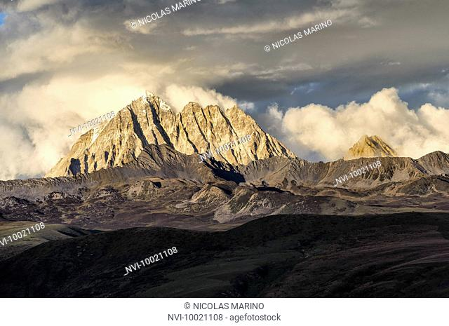 Mount Zhara Lhatse at sunset on the Tibetan plateau, Sichuan province, China
