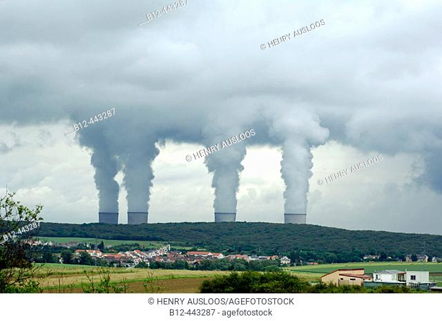 Nuclear power station. Pollution. France