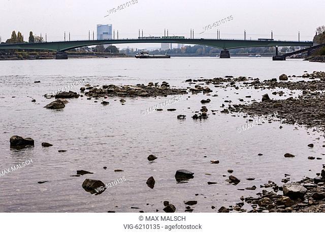 GERMANY, BONN, 11/04/2018, Low tide on the Rhine. - BONN, NORTH RHINE-WESTPHALIA, Germany, 04/11/2018