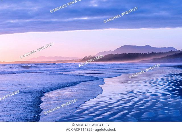 Sunset, Long Beach, Pacific Rim National Park, Vancouver Island, British Columbia, Canada
