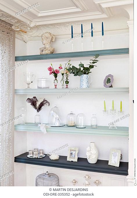 Wall painted shelves