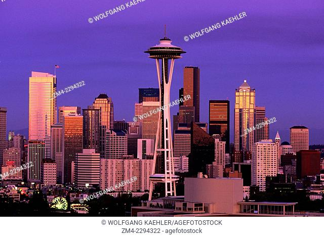 View of the Seattle skyline in the evening with Space Needle in Seattle, Washington State, USA