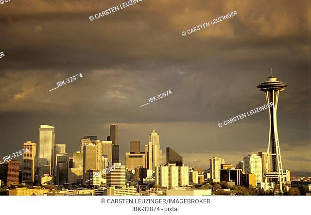 Skyline of Seattle at sunset, USA