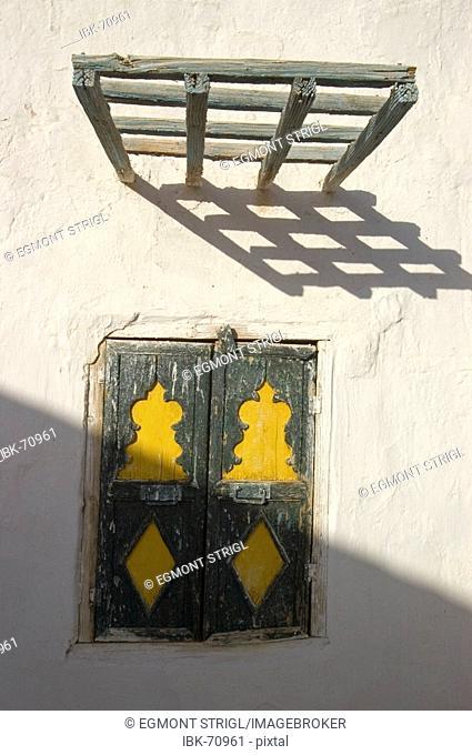 Window of a traditional touareg house, Ghadames, Ghadamis, Unesco world heritage site, Libya
