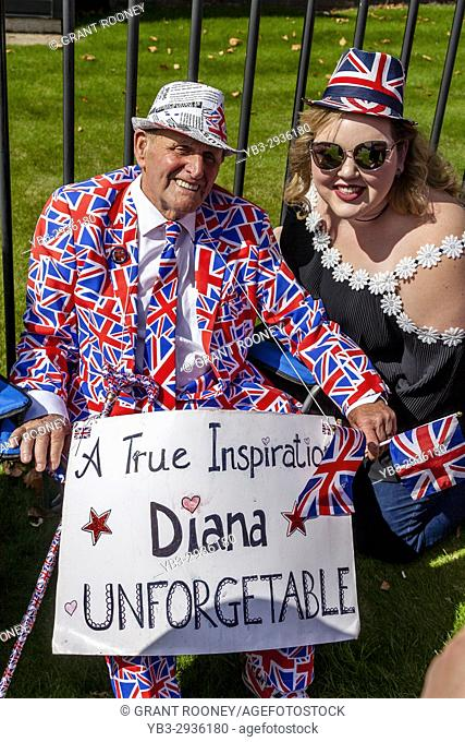 Terry Hutt A Well Known Fan Of The Late Princess Diana Sitting Outside Kensington Palace On The 20th Anniversary Of The Princess's Death, Kensington Palace