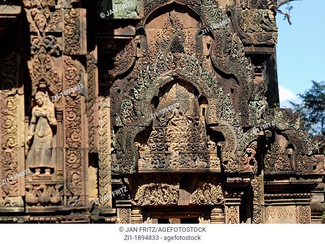the famous Banteay Srei, Angkor Wat