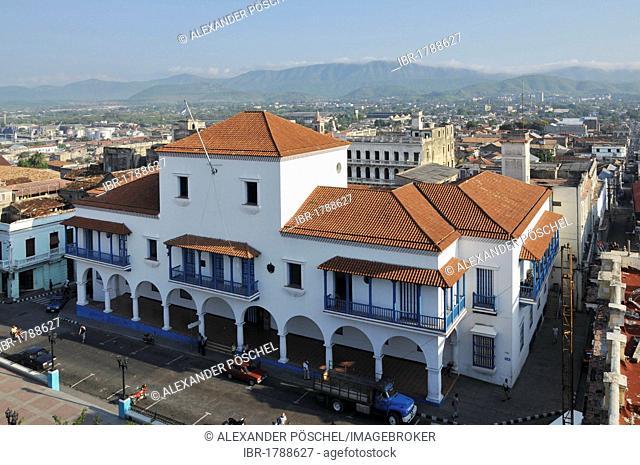 Fidel Castro balcony, town hall, Parque Cespedes park, Santiago de Cuba, historic district, Cuba, Caribbean, Central America