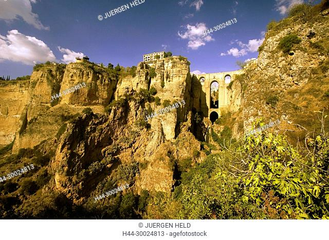 Spain Andalucia, Ronda, Parador , Puente Nuevo spanning the gorge of the Rio Guadalevin at sunset