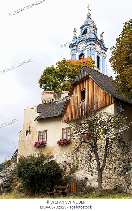 Residential building and church of Dürnstein in the Wachau on the Danube