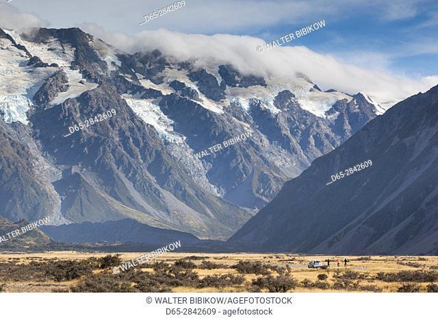 New Zealand, South Island, Canterbury, Aoraki-Mt. Cook National Park, Mt. Cook