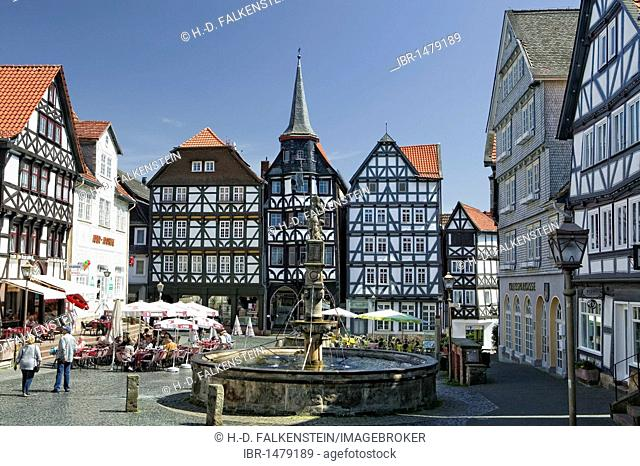 The Rolandsbrunnen fountain in the marketplace of Fritzlar near Kassel, Hesse, Germany, Europe