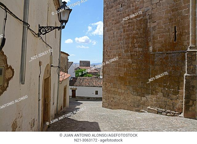Streets in the walled city. Trujillo, Caceres, Extremadura, Spain
