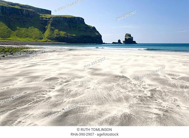View across the black and white sands of Talisker Bay, near Carbost, Isle of Skye, Inner Hebrides, Highland, Scotland, United Kingdom, Europe