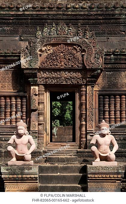 Deity guardian sculptures in Khmer Hindu temple, Banteay Srei, Angkor, Siem Riep, Cambodia