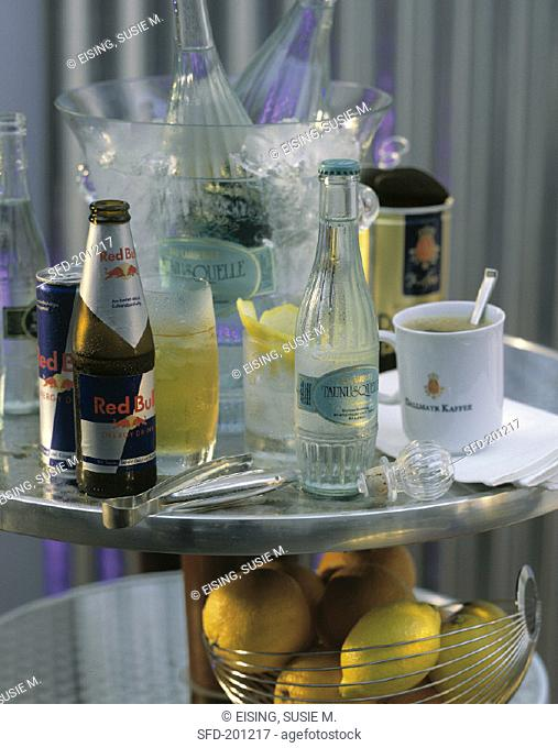 Still life with mineral water, Red Bull, coffee & drinks (1)