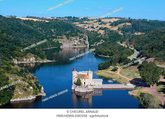 France, Loire, Saint Priest La Roche, the castle and the Loire river
