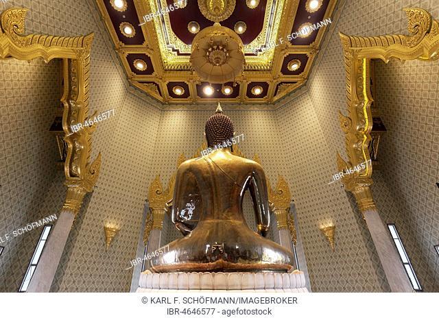 World's largest solid gold Buddha statue, rear view, Temple of the Golden Buddha, Wat Traimit, Samphanthawong, Bangkok, Thailand