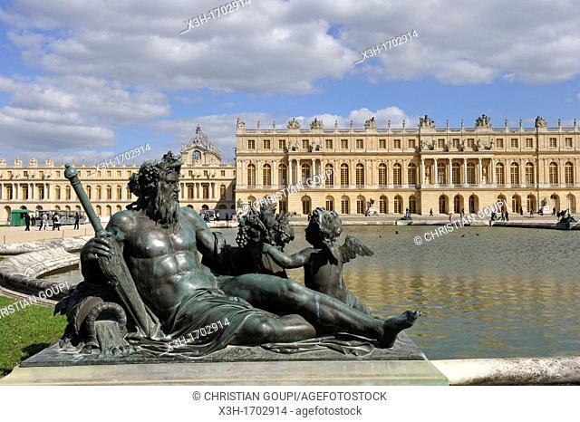 statue allegorique du fleuve Seine sculpteur, Etienne Lehongre, atelier Balthasar Keller, Parterre d'Eau, Chateau de Versailles, Yvelines, France
