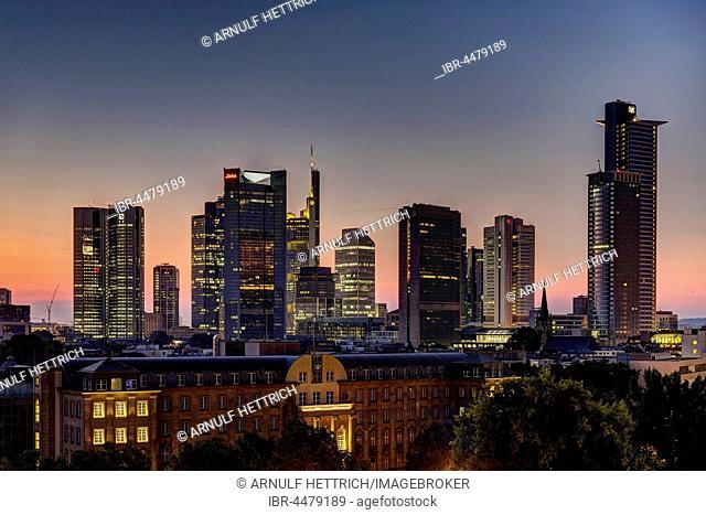 Dawn, skyline, Financial District, Frankfurt, Hesse, Germany
