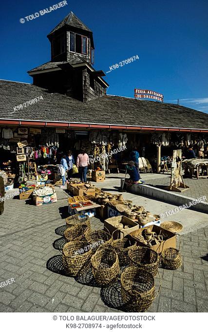 mercado artesanal de productos tipicos, Dalcahue, archipiélago de Chiloé ,provincia de Chiloé ,región de Los Lagos,Patagonia, República de Chile,América del Sur