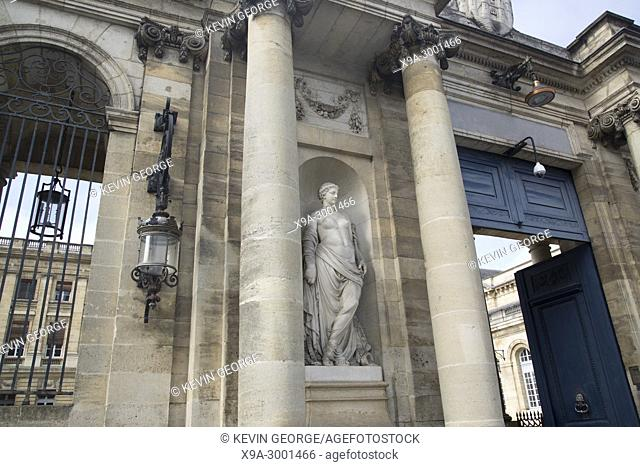 Statue on City Hall Facade; Bordeaux; France
