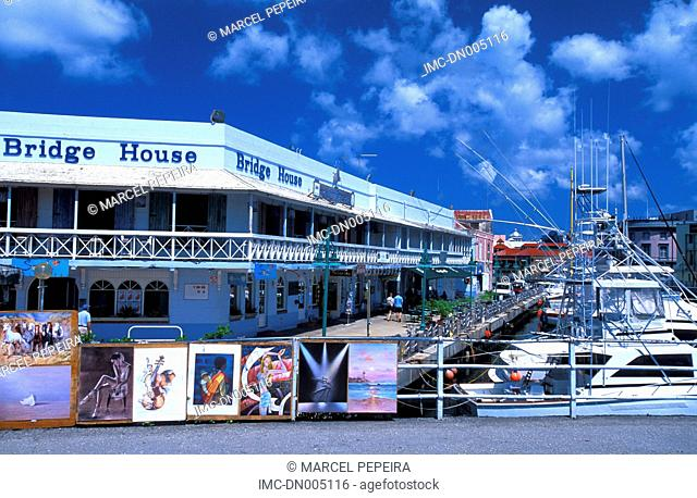 Barbados, Bridgetown, exhibition of paintings on the port