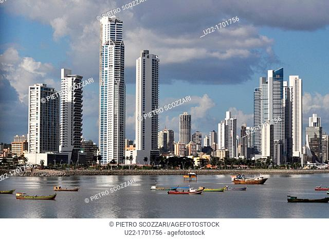 Ciudad de Panamá Panama: the skyline of the modern city, seen from the Casco Viejo