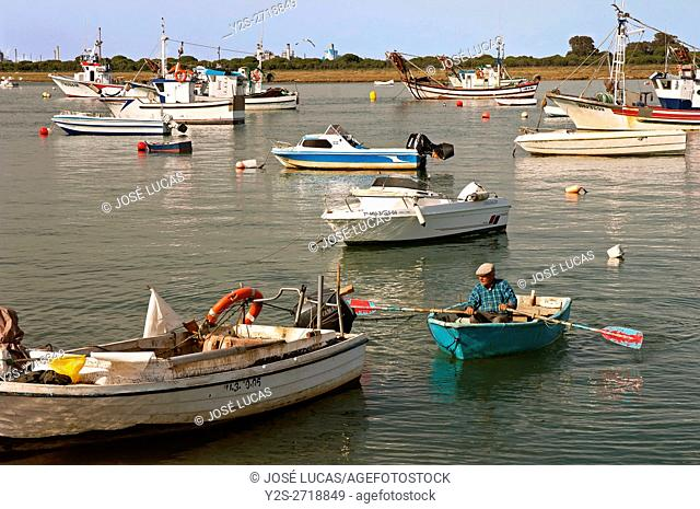 Estuary and boats, Punta Umbria, Huelva province, Region of Andalusia, Spain, Europe