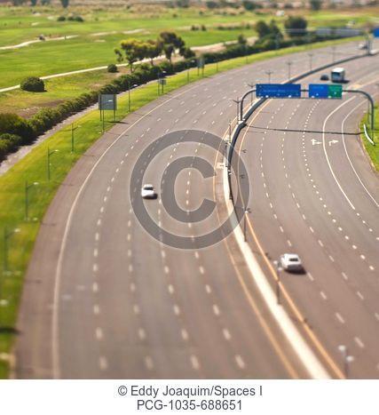 10-Lane Highway, Empty
