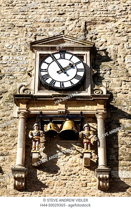 England, Oxfordshire, Oxford, Carfax Tower, Clock