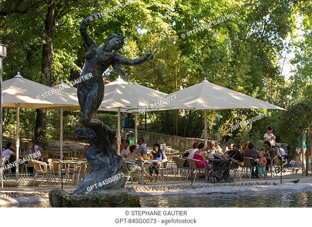 SCULPTURE ON THE POND IN THE GARDEN OF THE DOMS, ENGLISH-STYLE GARDEN ON THE ROCK ABOVE THE CITY OF AVIGNON, CALLED CITY OF THE POPES AND ALSO LISTED AS A WORLD...
