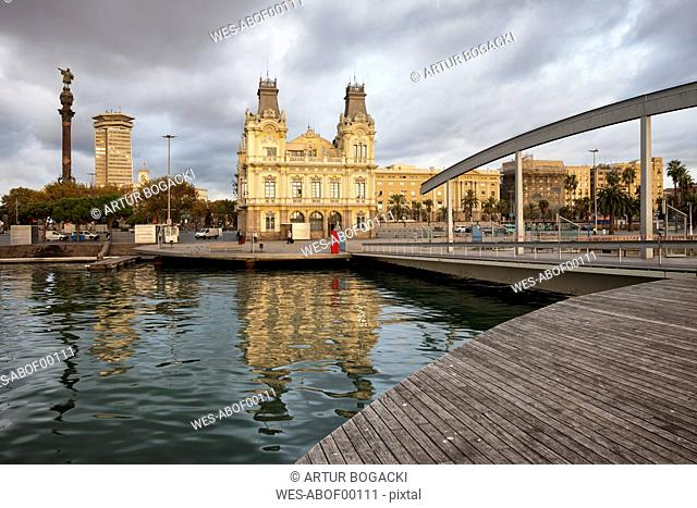 Spain, Barcelona, view from Rambla de Mar to Port Vell in the morning